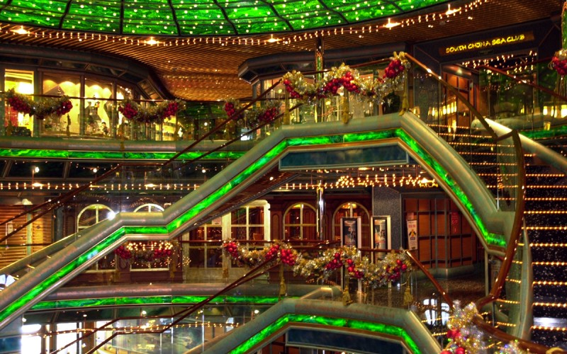 Christmas Carnival Cruise.Carnival S Pre Christmas Sale Provides 12 Days Of Discounts