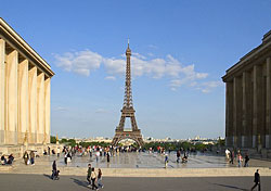 Paris Travel Guide slideshow