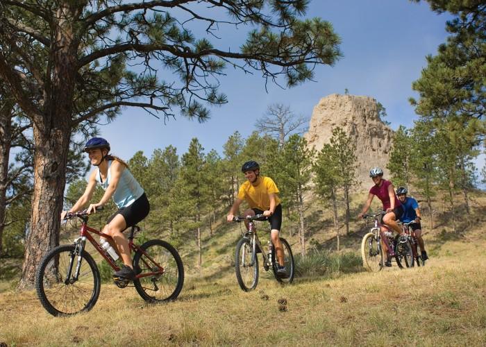 Hiking, history, and Miocene fossils in Nebraska's Pine Ridge region