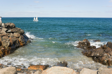 Beat the Beach Crowds to Ogunquit, Maine, and Save a Bundle