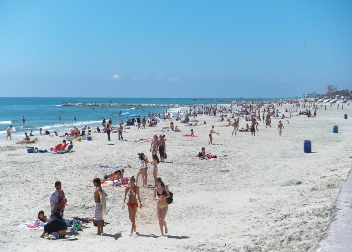 Budget-Friendly Beach Getaways for Summer