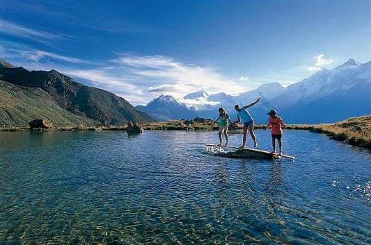 Lake Kreuzboden, Switzerland