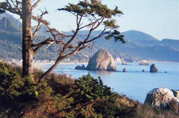 Best Beach Town For Hiking: Cannon Beach, Oregon
