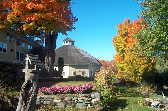 Inn At The Round Barn Farm - Waitsfield, Vermont