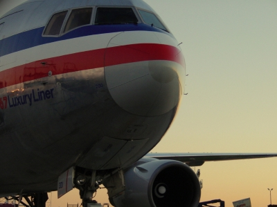 American Hiring Back Over 800 Flight Crew