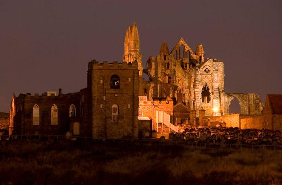 Bram Stoker's Dracula Setting (Whitby, England)