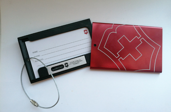 The Trackable Luggage Tag - Steal