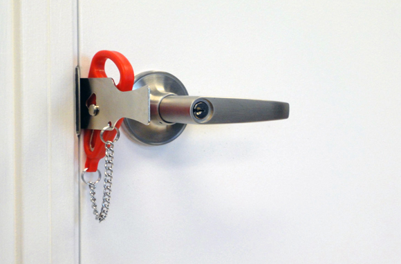 The Portable Door Lock - Splurge