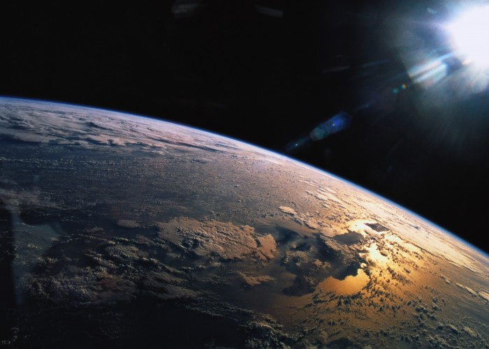 Strong Solar Storm Disrupts Flight Routes