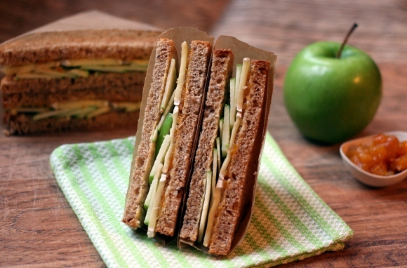 Apple and Brie Sandwich