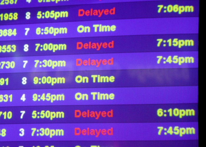 Thanksgiving Flights Jeopardized by Delays