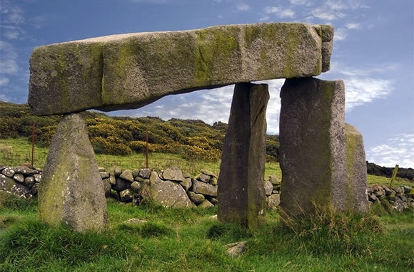 Best Hidden Places In Ireland SmarterTravel - Irish landmarks