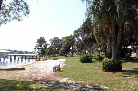 Lakeside Cottages, Lake Placid, Florida