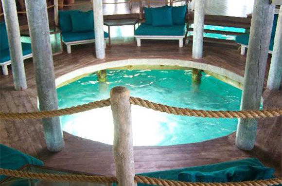 Overwater Bar, Gili Lankanfushi, Maldives