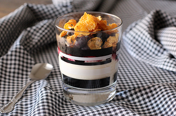 Make a Yogurt Parfait