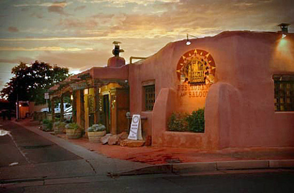 High Noon Restaurant & Saloon, Albuquerque, New Mexico