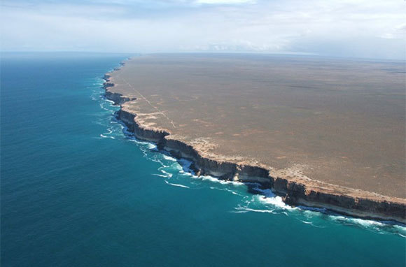 Bunda Cliffs, Nullarbor Plain, Australia