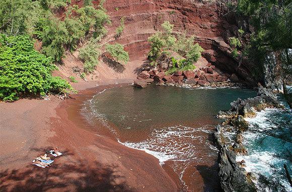 Hike To Kaihalulu (Red Sand Beach), Maui