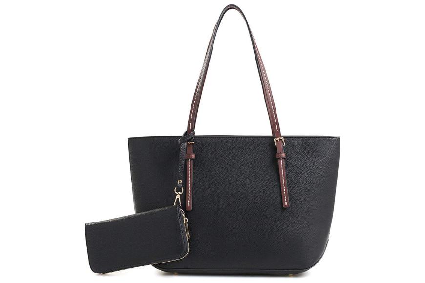 Deluxity amber zippered tote shoulder bag.