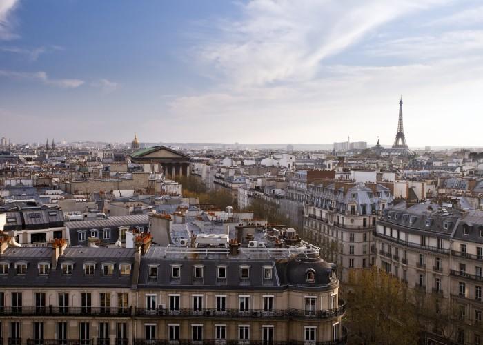 Paris Business-Class Flights for Just $1,300 Round-Trip
