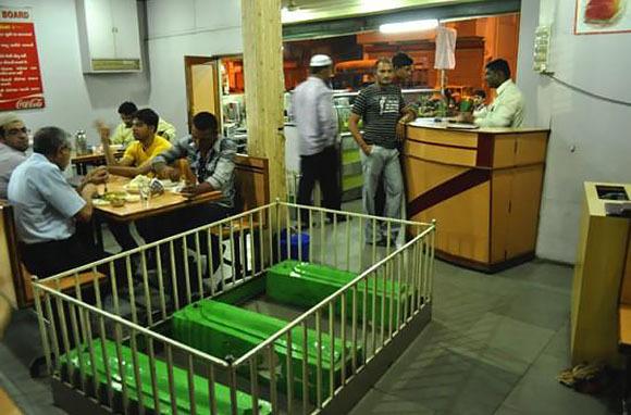 New Lucky Restaurant, Ahmadabad, India