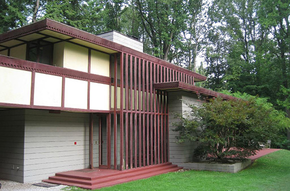 A Frank Lloyd Wright-Designed House for $55 Per Person, Per Night