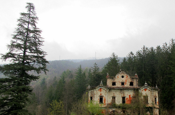 Villa de Vecchi, Italy