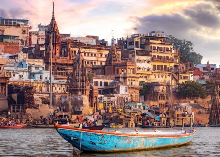 varanasi-india-boat