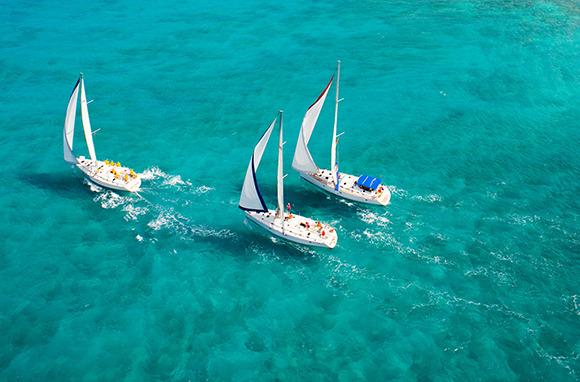 America's Cup Yacht Racing, St. Maarten