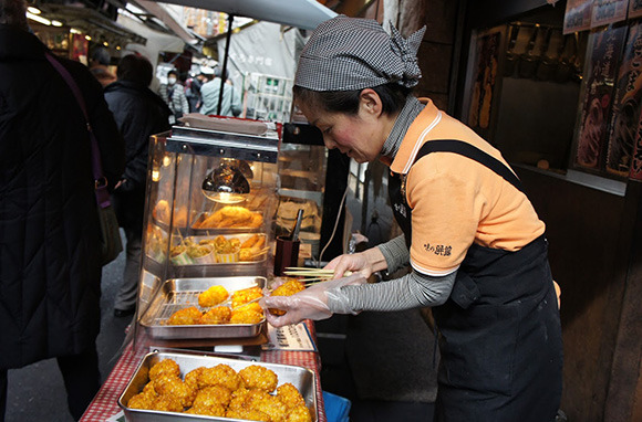 Outer-Market Tip: Seek Different Streets for Different Specialties