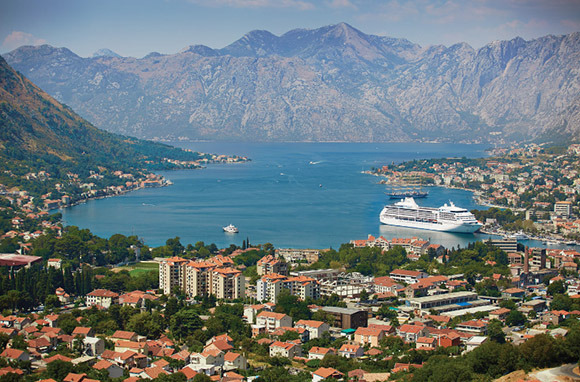 Regent Seven Seas Cruises' Mariner