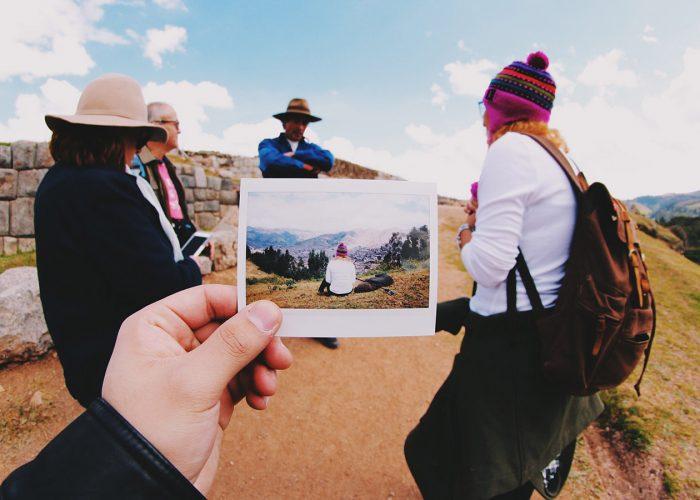 8 Crafty Ways to Display Travel Keepsakes