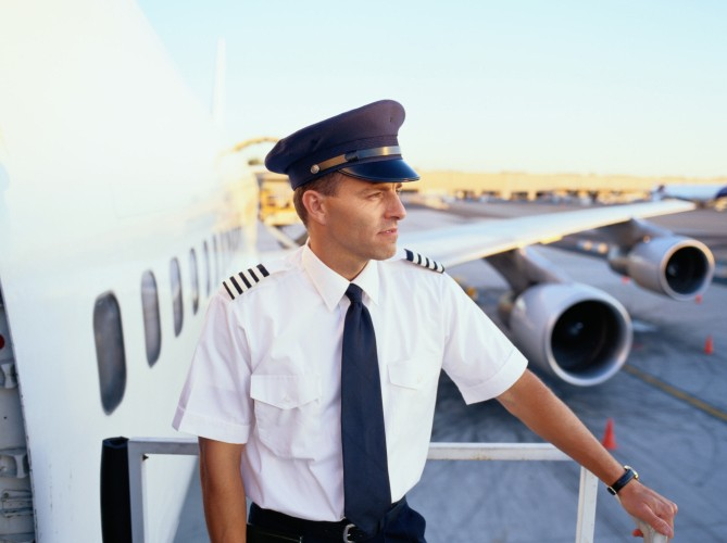 airplane insider secrets i learned sitting next to an airline pilot