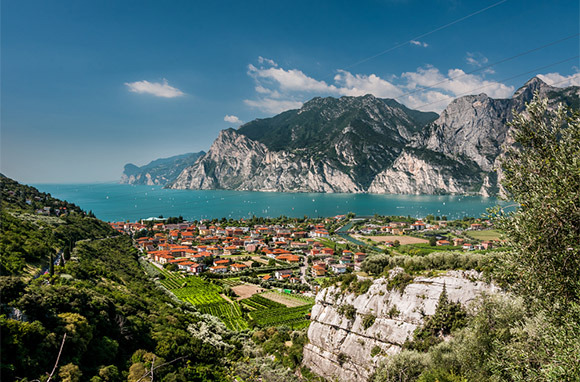 Italian Alps to Lake Garda Cycling (Breakaway Adventures)