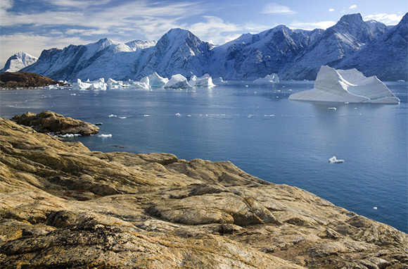 Eastern Greenland Ice And Mountains (Mountain Travel Sobek)
