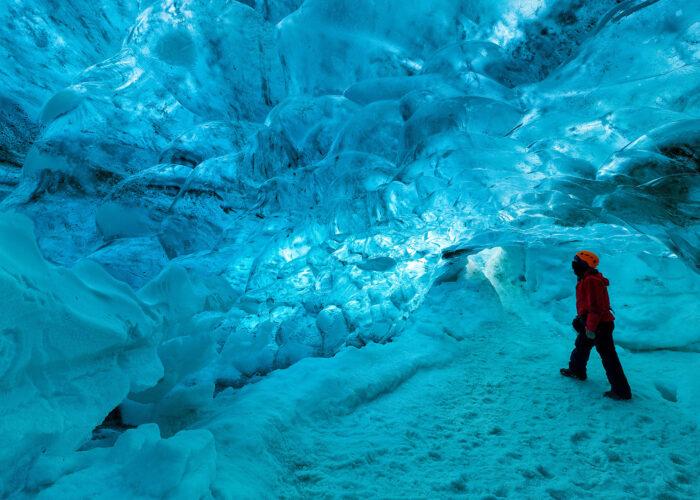 vatnajokull ice cave iceland.