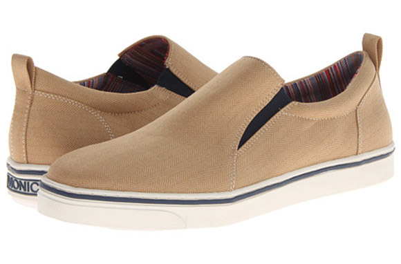 Vionic Conner Casual Slip-On