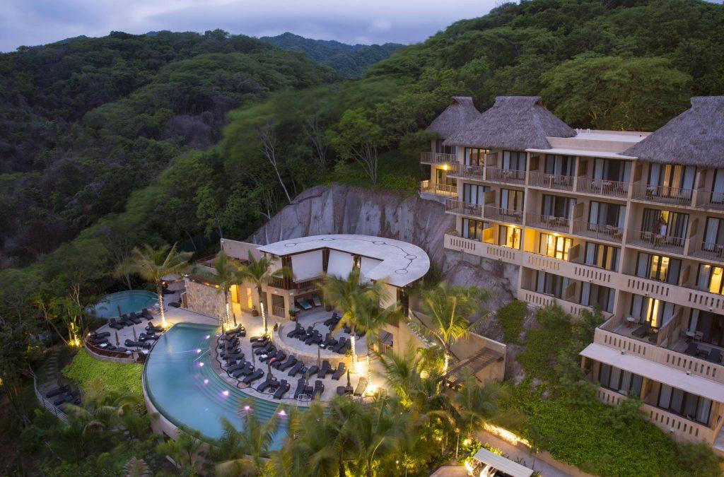 resort in mexico cliffs
