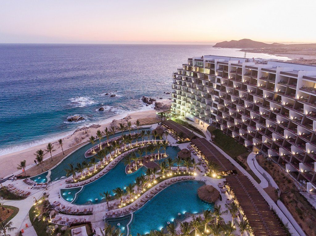 mexico resort with pools and beach in cabo