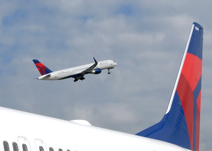 Delta Bulks Up With Acquisition of Northwest's Mileage Program