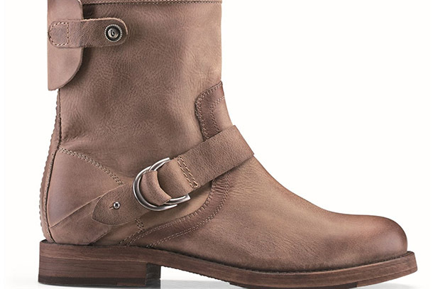 Pick of the Day: OluKai Nahuku Short Boot