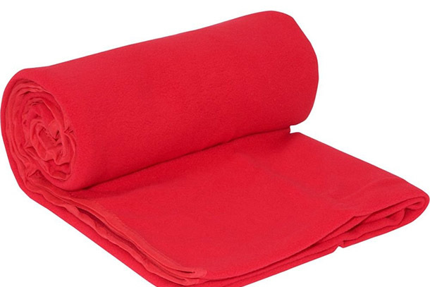 Pick of the Day: Travelon Healthy Travel Anti-Microbial Blanket