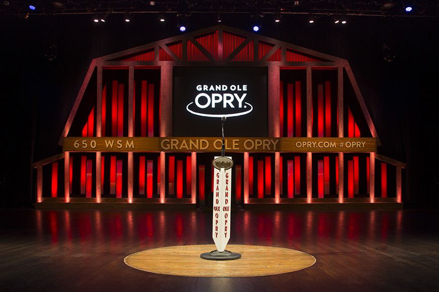 Grand ole opry red stagee