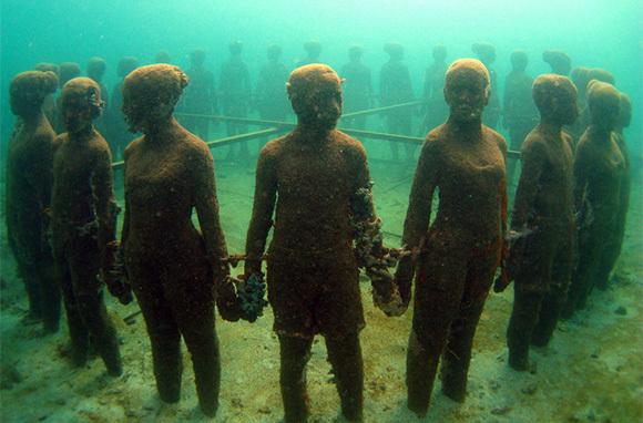 Molinere Underwater Sculpture Park, Grenada