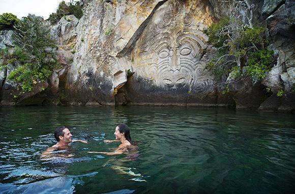 Mine Bay, Lake Taupo
