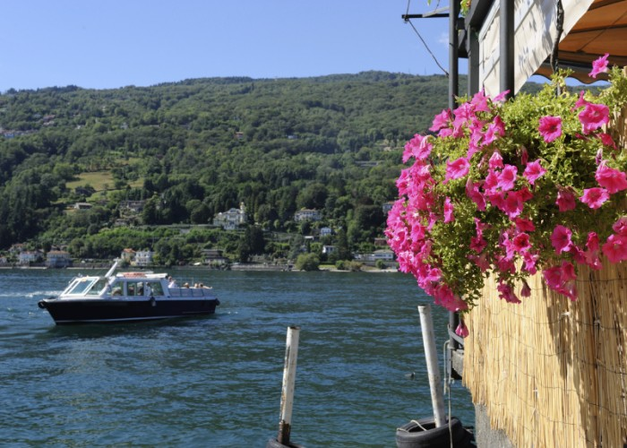 Romantic: Lake Como, Italy