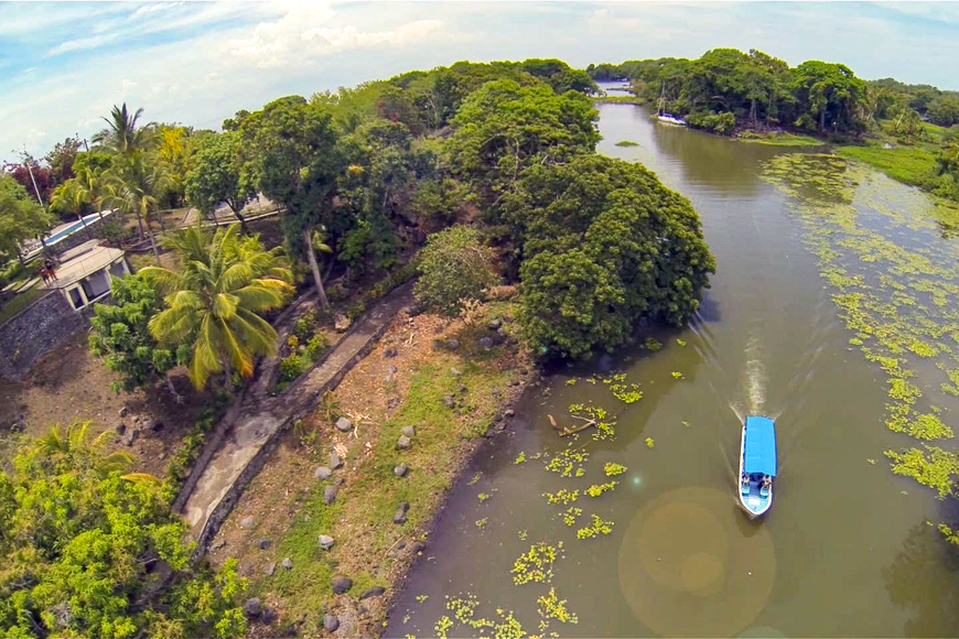 La Isla Zacatolsa, Nicaragua island for rent