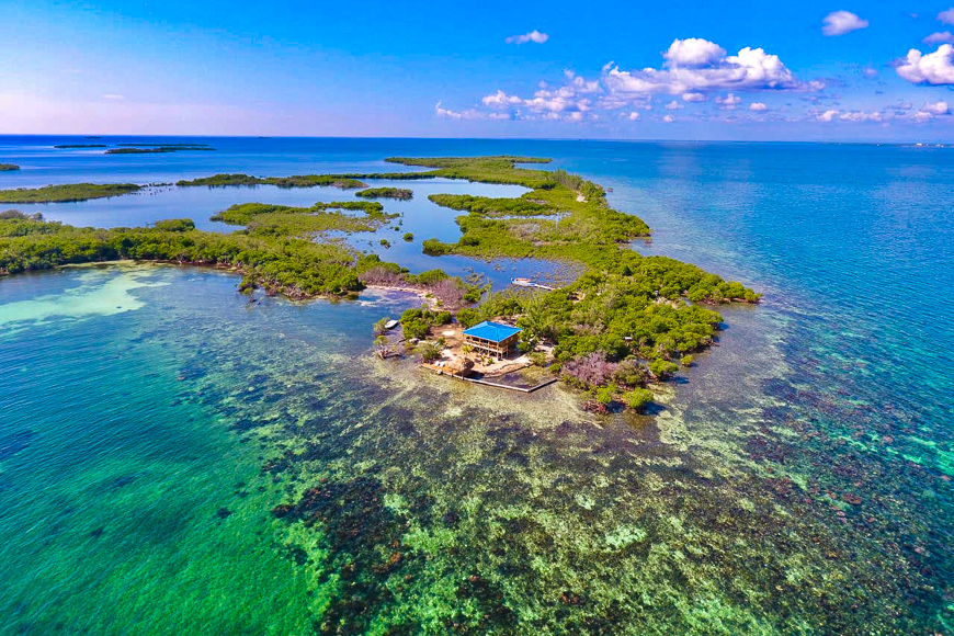 Lark Caye, Belize island for rent