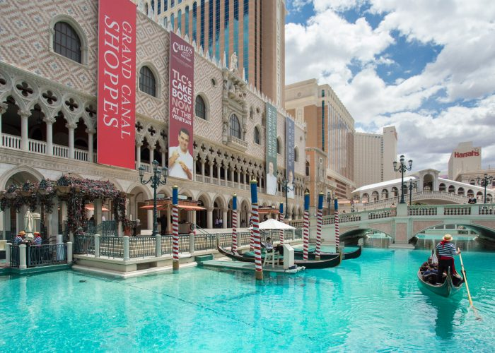 Wallet Watch: Daily Resort Fees Reach $45 in Las Vegas