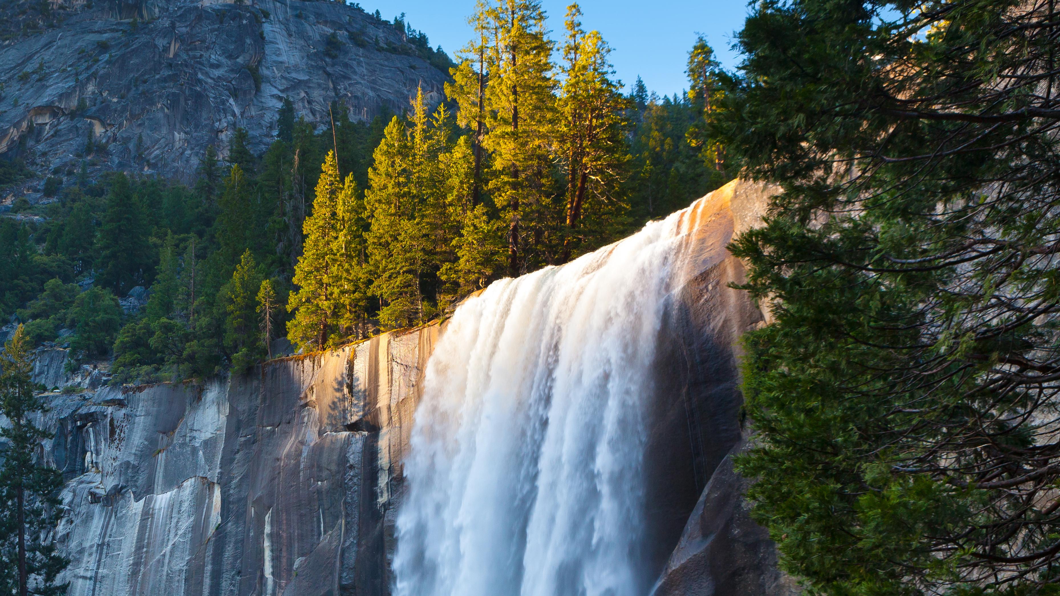 11 Most Impressive Waterfalls in the U S  | SmarterTravel